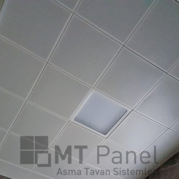 30x30-clip-in-metal-asma-tavan